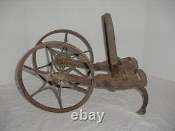 Antique Planet Jr 2 WHEEL CULTIVATOR with 2 Cultivator TEETH / planter seeder
