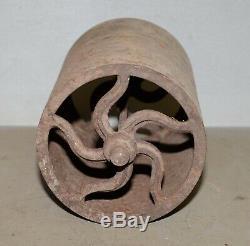 Antique cast iron lawn roller garden cultivator wheel collectible farm tool