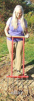 Broadfork garden soil cultivator