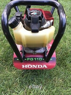 Honda FG110 9 25 cc 4-Cycle Middle Tine Tiller Cultivator