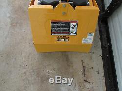 NEW Cub Cadet VT100 Tiller Cultivator Gas Powered 16'' 208 cc Gas Vertical Tine