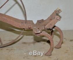 Vintage Planet Jr cultivator single wheel garden tool collectible farm early P1