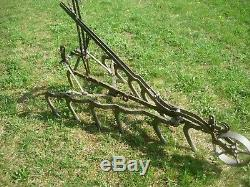 Antique Cultivateur Plow Hippomobile Ferme Et Jardin D'ornement De Jardin