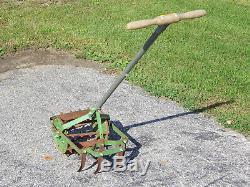 Antique Vintage Garden Main Pousser Cultivateur Tiller Roho Weed Plough Légumes Claw