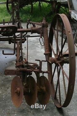 Disque De Cultivateur John Deere, Ancien Cheval, Nice