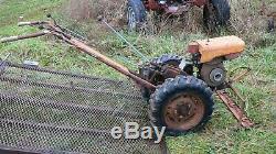 Jardin Mark Montgomery Ward Simplicité 2 Tracteur Sur Roues Avec Tondeuse & Cultivateur