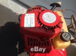 Le Cultivateur De Motoculteur De Motoculteur Mini-motoculteur 2 Cycles Sv-4 / B Fonctionne Bien