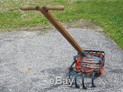 Outil De Motoculteur De Cultivateur De Poussoir De Main De Jardin Antique Vintage